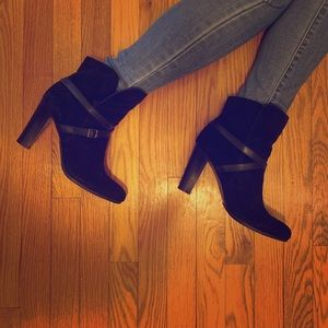 *NEW* Ann Taylor LOFT Suede Booties